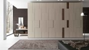 STEP ITALIAN HINGED DOOR CLOSET