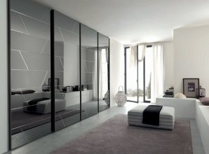 LISCIA GLASS E SLIDING DOOR CLOSET